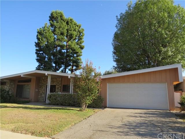 22346 Philiprimm St, Woodland Hills, CA 91367