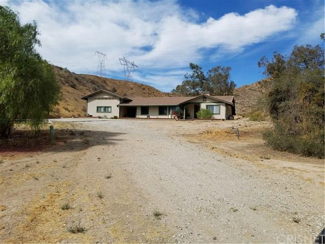 15731 Sierra Hwy, Canyon Country, CA 91390