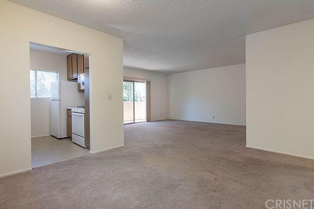 13080 Dronfield Avenue #59, Sylmar, CA 91342