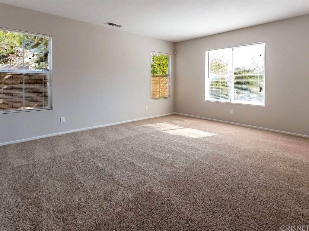 38715 Annette Avenue, Palmdale, CA 93551