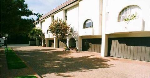 5275 Newcastle Ave #3, Encino, CA 91316