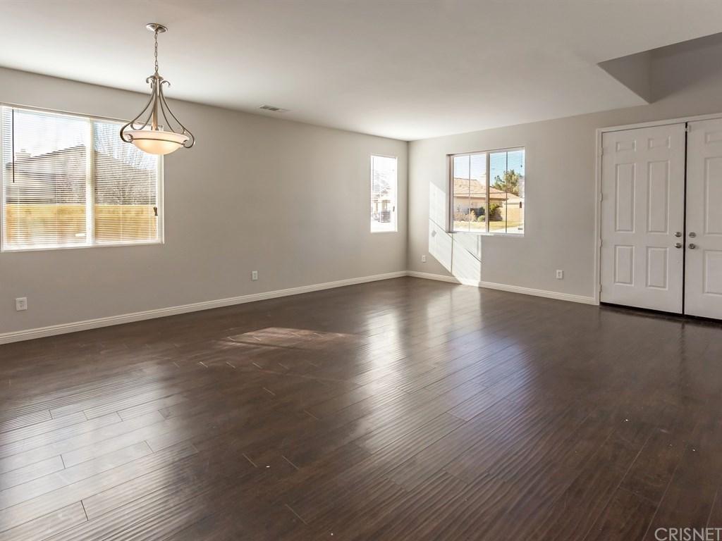 39112 Calmview Circle, Palmdale, CA 93551