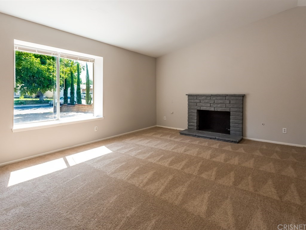 37303 Dalzell Street, Palmdale, CA 93550