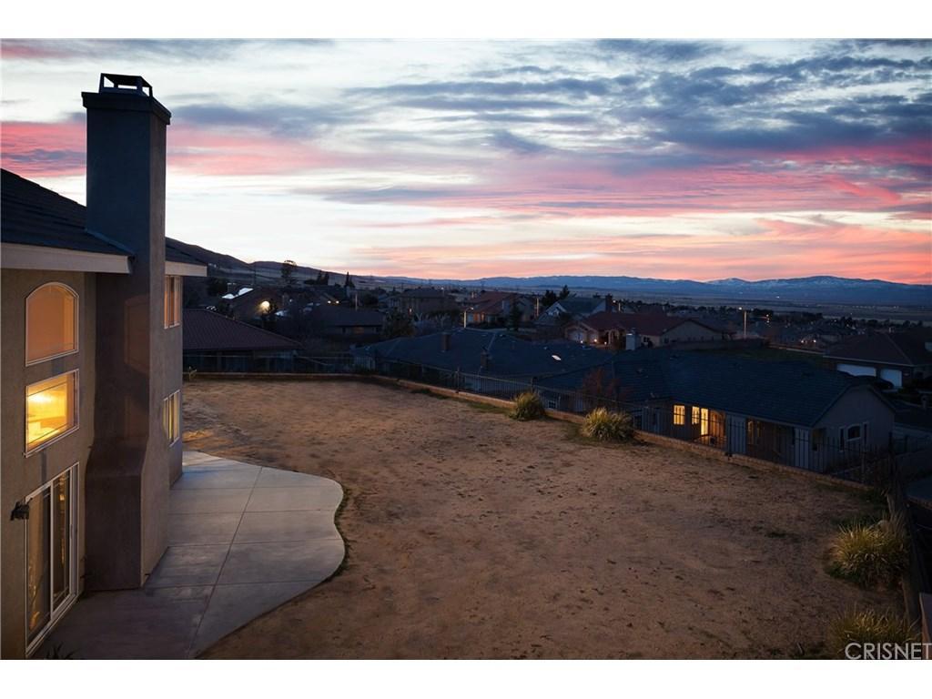 6739 Pistachio Place, Palmdale, CA 93551