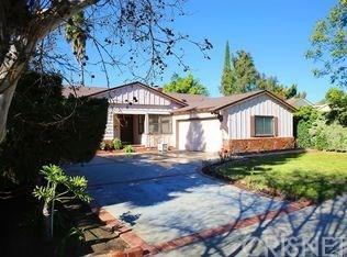 10435 Rubio Ave, Granada Hills, CA 91344