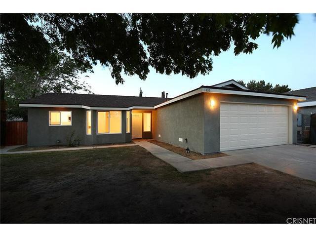 1405 W Avenue H8, Lancaster, CA 93534