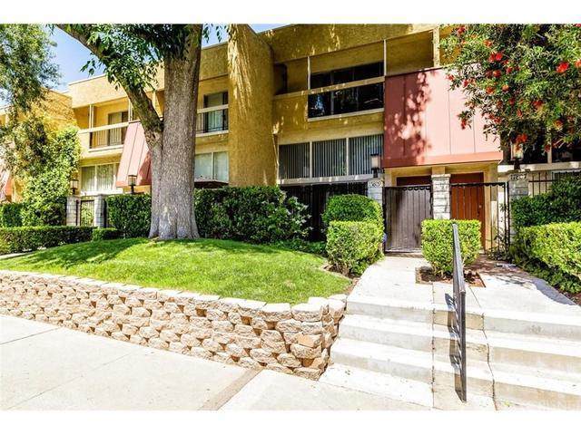 17809 Margate St, Encino, CA 91316
