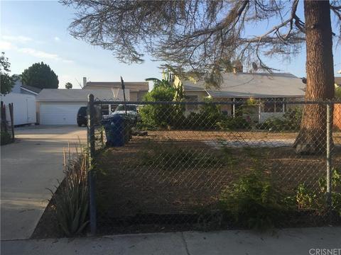 20235 Stagg St, Winnetka, CA 91306