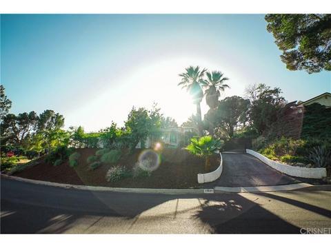 11801 Susan Dr, Granada Hills, CA 91344