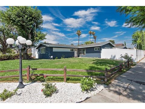11300 Amestoy Ave, Granada Hills, CA 91344