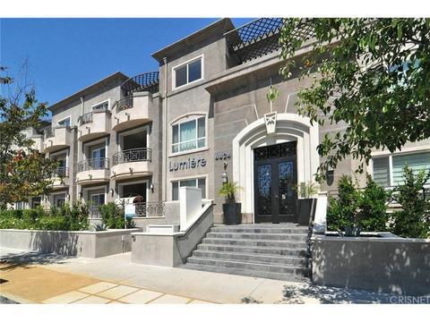 4424 Whitsett Ave #210, Studio City, CA 91604