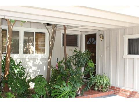 6141 Wilkinson Ave, Valley Glen, CA 91606