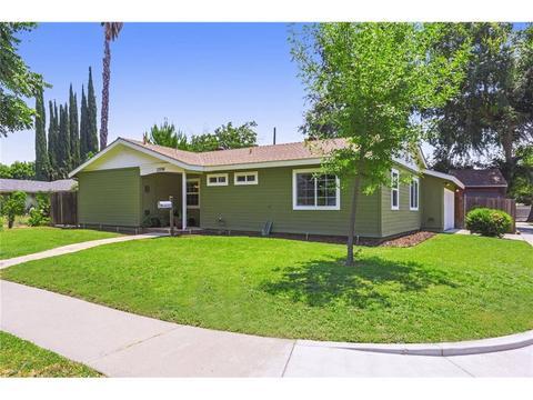 22558 Schoolcraft St, West Hills, CA 91307