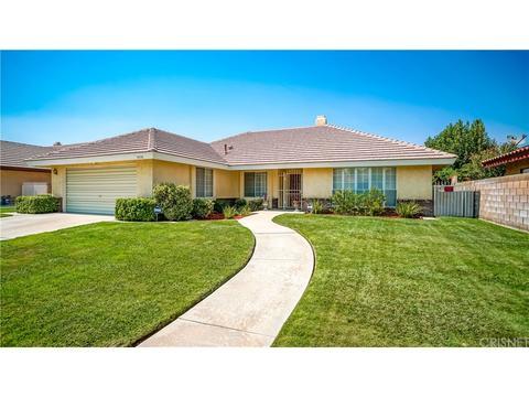 3739 W Avenue J13, Lancaster, CA 93536