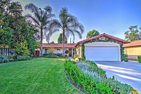 23363 Erwin St, Woodland Hills, CA 91367