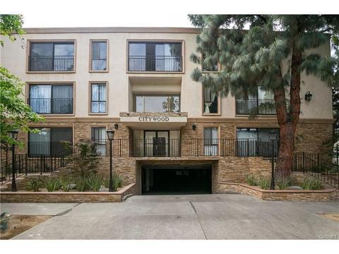 15344 Weddington St #211, Sherman Oaks, CA 91411
