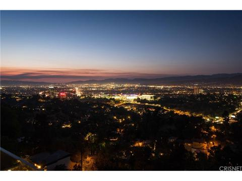 7191 Pacific View Dr, Los Angeles, CA 90068