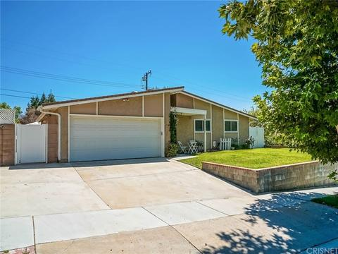 18636 Oakmoor St, Canyon Country, CA 91351