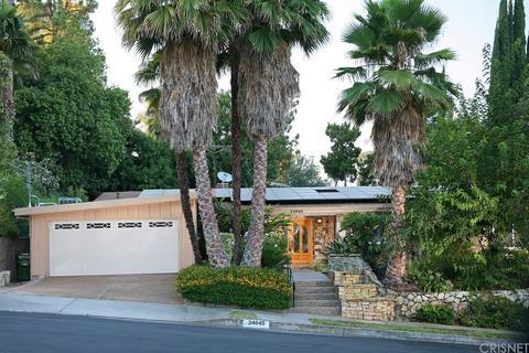 24045 Hatteras St, Woodland Hills, CA 91367