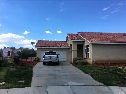 37050 Montgomery Ct, Palmdale, CA 93550