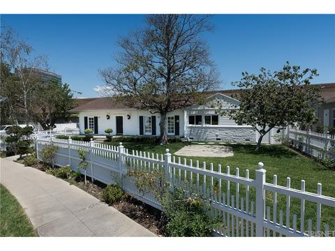 4426 Sherman Oaks Cir, Encino, CA 91403