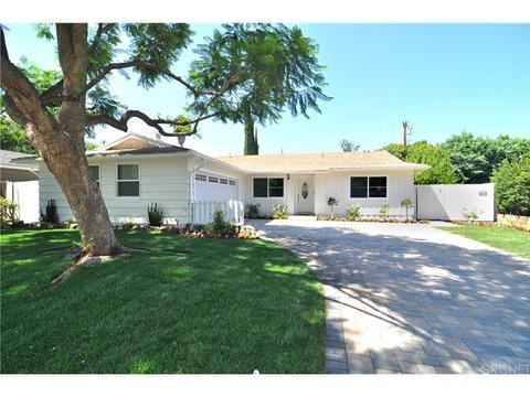 22545 Bassett St, West Hills, CA 91307