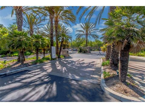 1887 Day Lily Ln, Simi Valley, CA 93065
