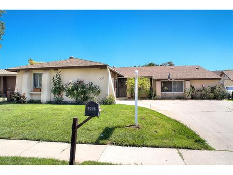 2736 Royal Ave, Simi Valley, CA 93065