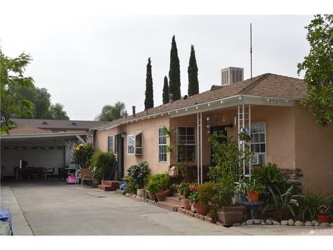 10874 Vinedale St, Sun Valley, CA 91352