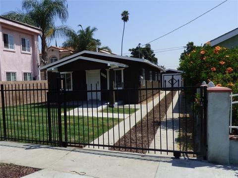 6110 Woodward Ave, Maywood, CA 90270