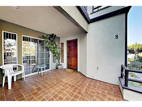 2300 Duane St #8, Los Angeles, CA 90039