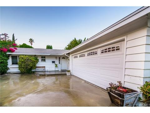 24107 Hamlin St, West Hills, CA 91307
