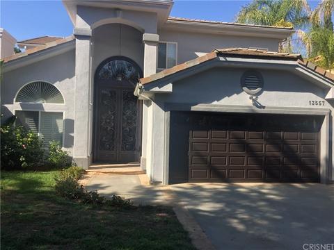 13557 Chandler Blvd, Sherman Oaks, CA 91401