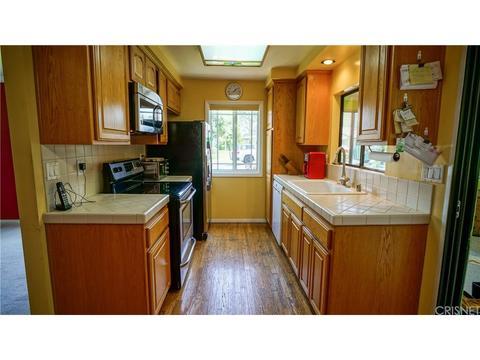 26337 Oakspur Dr #A, Newhall, CA 91321 MLS# SR18075475   Movoto.com