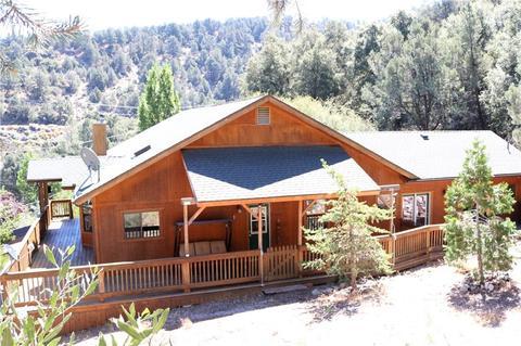 14417 Yosemite Ct, Frazier Park, CA 93225 | 65 Photos | MLS #SR19206949 -  Movoto