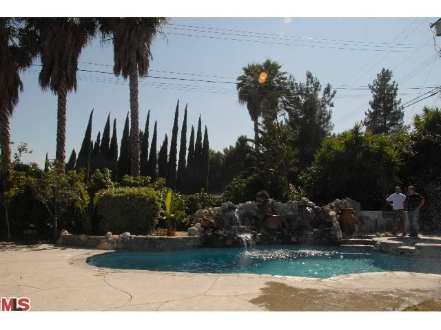 12331 El Oro Way, Granada Hills CA 91344