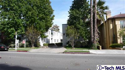 470 S Los Robles #8, Pasadena, CA 91101