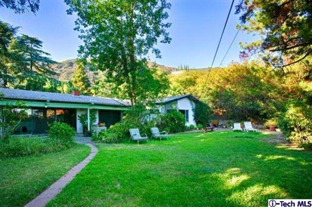 446 S Devonwood Rd, Altadena CA 91001