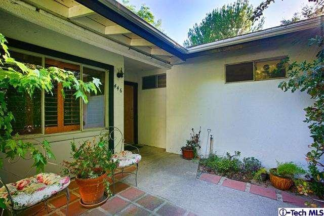 446 S Devonwood Rd, Altadena, CA 91001