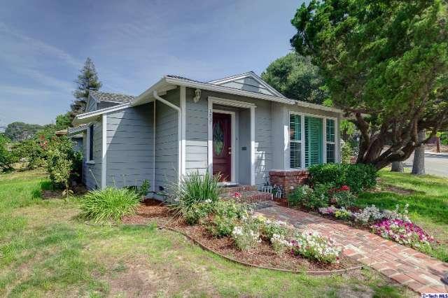 3811 Mayfield Ave, La Crescenta, CA 91214