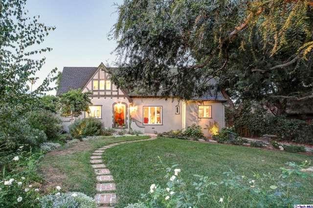 1468 N Chester Ave, Pasadena, CA 91104