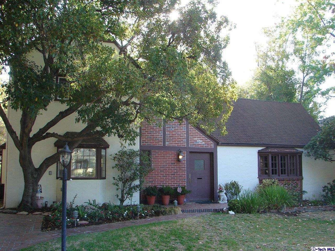 1760 Pepper Drive, Altadena, CA 91001