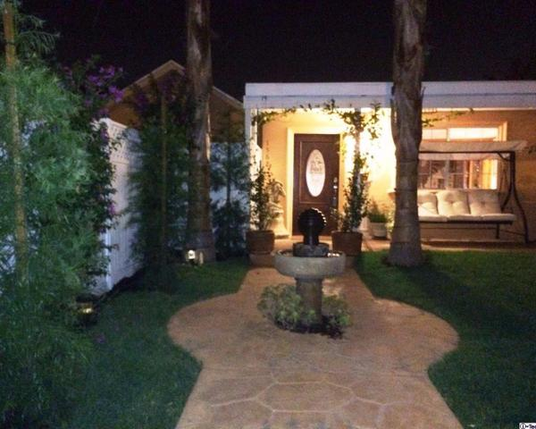 1562 E Woodbury Rd, Pasadena, CA 91104