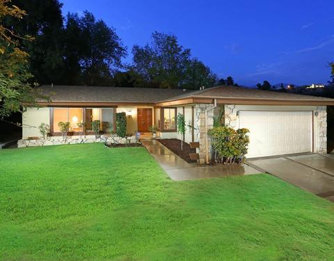 3327 Emerald Isle Dr, Glendale, CA 91206