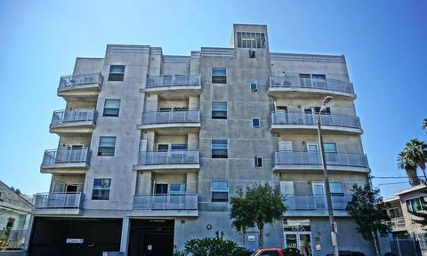 1025 Dewey Ave #202, Los Angeles, CA 90006