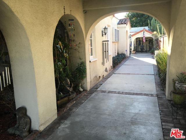 139 N Le Doux Road, Beverly Hills, CA 90211