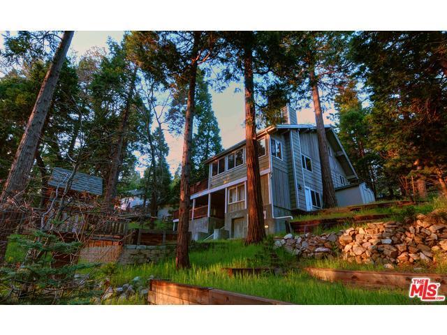308 Grass Valley Rd, Lake Arrowhead, CA 92352