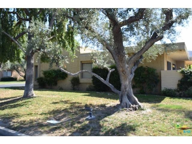 5336 Los Coyotes Dr, Palm Springs, CA 92264