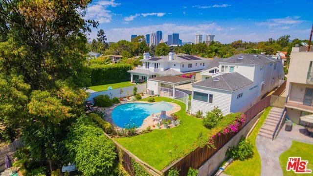 2721 Club Dr, Los Angeles, CA 90064