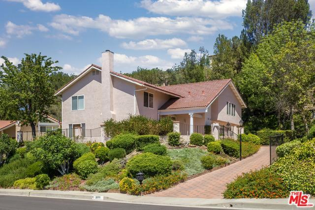 20111 Ruston Rd, Woodland Hills, CA 91364